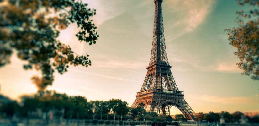تور فرانسه برج ایفل در پاریس
